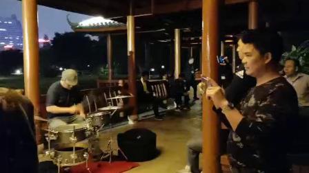 《xxxx》~纪念张国荣~变态鼓手文锅~南湖公园路演记录~2019年4月1日