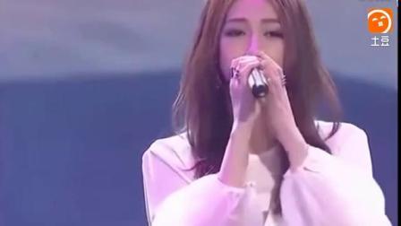 十年前, 她这首歌火遍大江南北, 现在却没人知道她去了哪_土豆视频