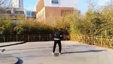 我在天津空竹 空竹达人 王金夯表演平盘套路截了一段小视频