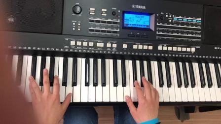 易老师电子琴小白船。