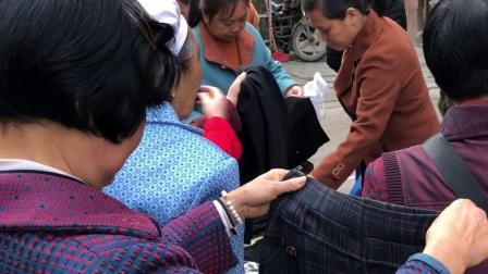 2018年最火的江湖地摊产品,2018跑江湖摆地摊最新产品