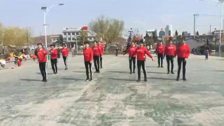 莱阳市万第镇赤山广场舞(众人划桨开大船)