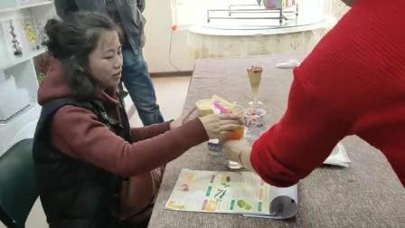 哪里有奶茶培训机构沈阳魔厨实验室试管奶茶水果茶培训。