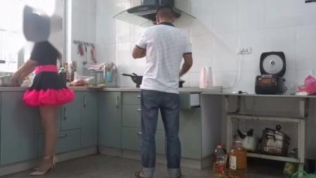广场舞 【幸福的两个人】 生活视频_超清-_高清.mp4