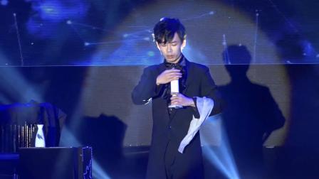 湛江本地魔术师表演黄文河:18316636442