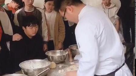 郑州哪有厨师培训班_郑州交通技师学院