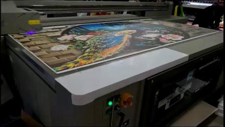 UV平板打印机—平板UV打印机—背景墙打印机效果视频——越达彩印科技