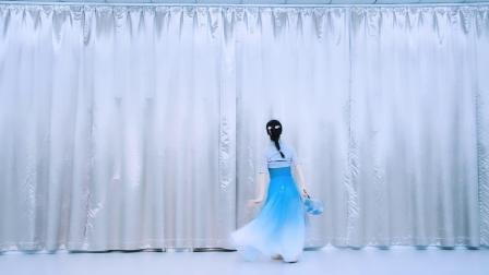芸门小娟原创古典团扇舞《风筝误》