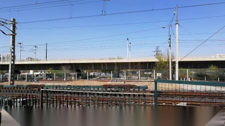2019年4月10日,HXD3C牵引2589次(—辽源)杨村站下行一道通过。