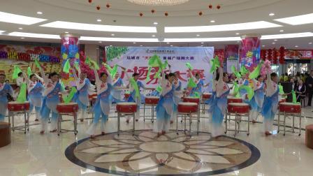 """广场舞:中国美 """"南风"""""""