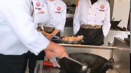 河南哪有好的厨师学校_郑州交通技师学院