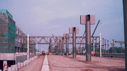 施工中的淮南南站钢结构工程