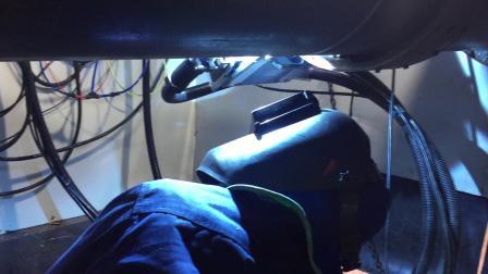 德平科技16英寸盖面焊管道全自动焊机工作视频