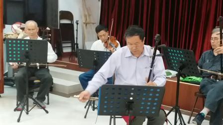 广东音乐:小调联奏十曲:北京街乐队活动。摄影英子。