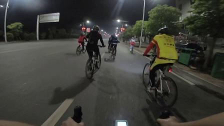 20190415团队雨夜骑