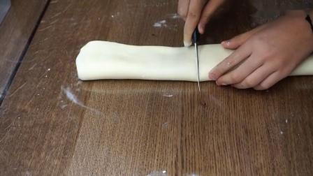 【阿汪】酥到掉渣的葡式蛋挞(贼香)手动开酥!(ˉ▽ ̄~)
