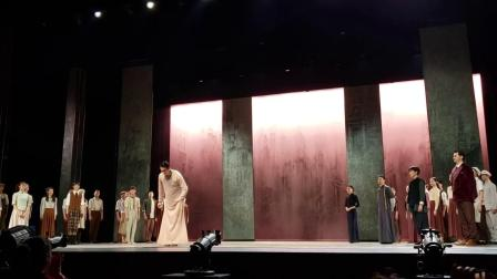 《永不消逝的电波》首演上海歌舞团。
