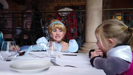 CINDERELLA'S ROYAL TABLE Restaurant @ Disneyland Paris