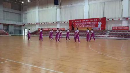 张兰柔力球队参加晋中市第五届运动会比赛《呼伦贝尔大草原》