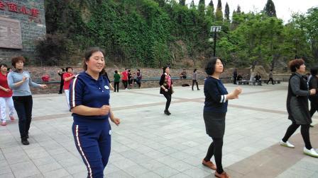 拍打经络健身操,恒大绿洲对过文昌公园健身广场