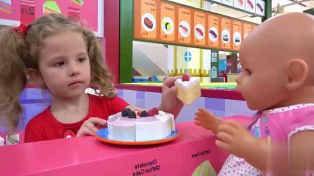 小猪佩奇小美女的美食店,小美女做汉堡蛋糕和各种美食!