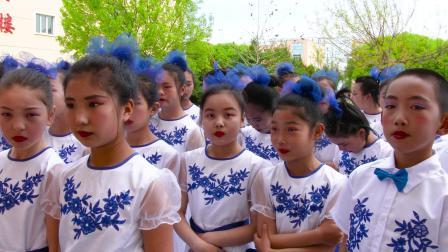 新源县第二小学六年级读书节视频记录