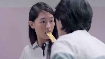 泰国搞笑爱情广告:爱就要说出口,免得天外飞来横祸..