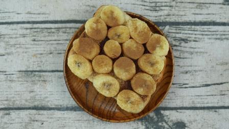 面包变身营养早餐,3分钟搞定香蕉肉桂三明治。