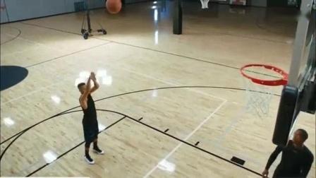 我在库里篮球教学【真正的投篮技巧】截了一段小视频