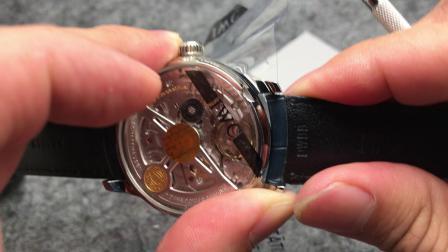 皮表带手表如何拆卸表带 更换表带