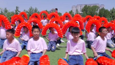 桓台二小南校区全体师生祝祖国母亲生日快乐!