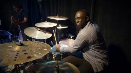 【小小董鼓伴奏】Larnell Lewis - The City Lights Drum Solo