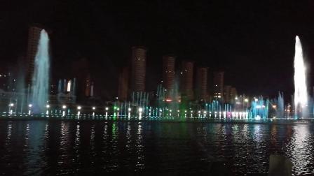 美丽的呼和浩特市如意广场音乐喷泉
