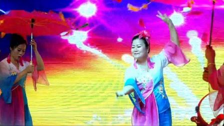 【拍客】仙游县榜头英华舞蹈队表演《大鼓吹》