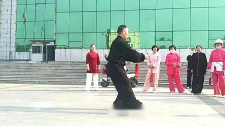 32式太极剑,马贺雄老师表演