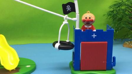 米妮讲故事玩具乐园 儿童玩具乐园 面包超人和小蜻蜓细菌小子玩游戏