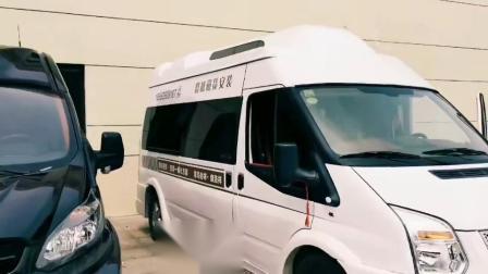 江铃集团旅居车青岛福客特房车汇欢迎客户回家做客