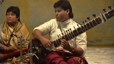 1992-1203 India Tour Sitar Concert cam 2 India DP-RAW