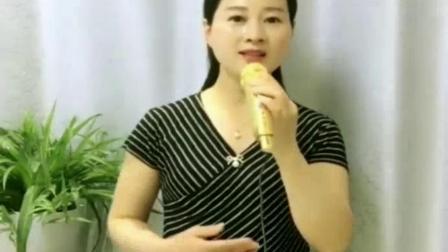 美丽姑娘演唱一首感恩歌《母亲》