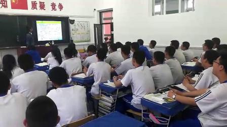 新时代一年二班中国的希望诗歌朗诵