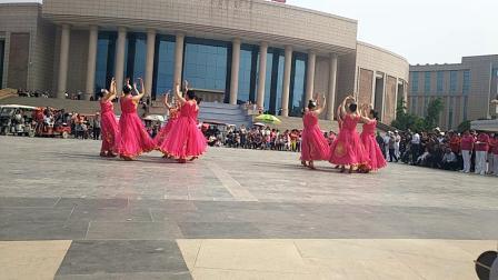 清叶舞蹈队《阳光路上》红五月展演节目(20190519)