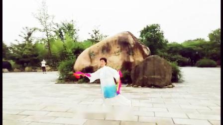 木兰双扇西湖山水-刘芝兰
