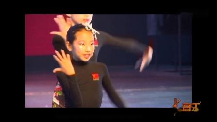 幼儿园舞蹈视频2019最火《典雅女孩》