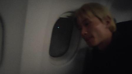 张华丽在飞机上拍湛江的夜景