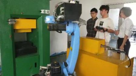 南京工业机器人培训中心  工业机器人操作编程培训