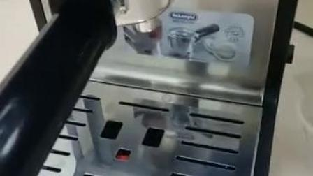 德龙ECP35.31 泵压式咖啡机操作首次放水视频