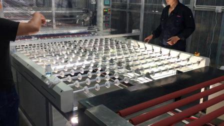 玻璃防爆膜贴合现场大尺寸玻璃防爆膜覆膜机全自动贴合玻璃清洗上片贴膜PET防爆膜