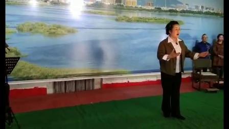 王美杰富锦演出《海港》