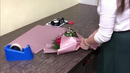 花束包装方法教程玫瑰花束双色包装教程