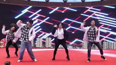热门舞蹈串烧音乐合集 适合各种节日的舞动演出创意节目 年会表演公司企业团体